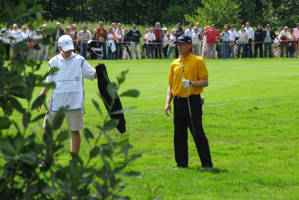 Why You Need To Follow Golf Course Dress Code Rules?