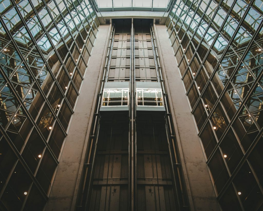 Etiquette For Elevators In Order To Stay Healthy